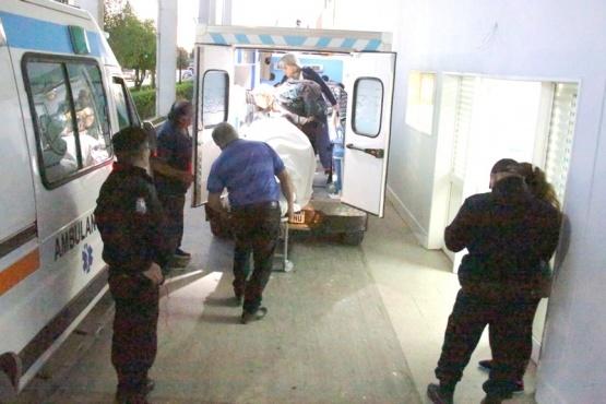 El hombre fue asistido y quedó internado en observaciones del nosocomio local.