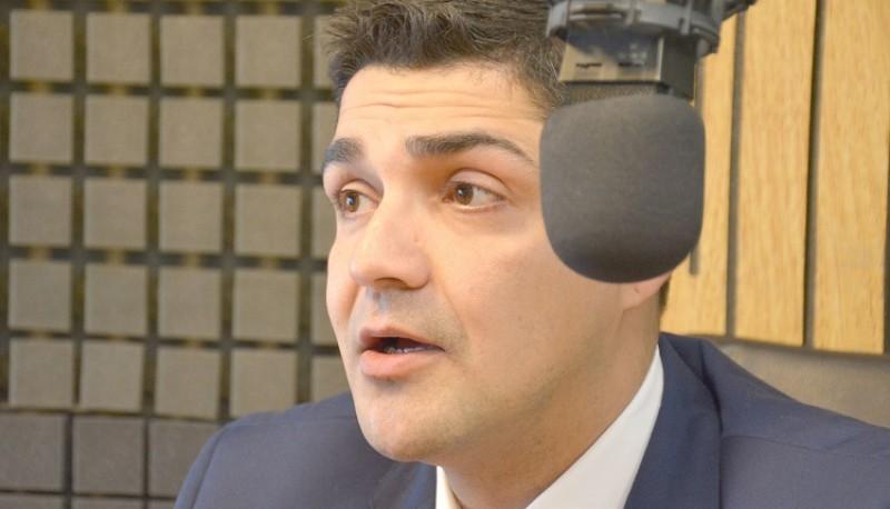 El Ministro de Seguridad, Lisandro De la Torre.