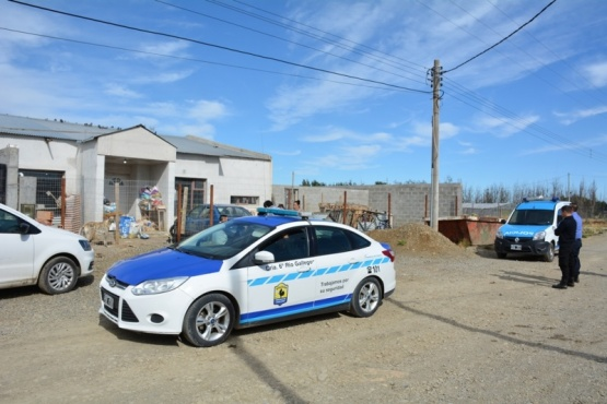 Personal policial en el lugar del hecho (Foto: C.Robledo).