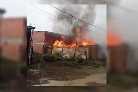 La casa en llamas.