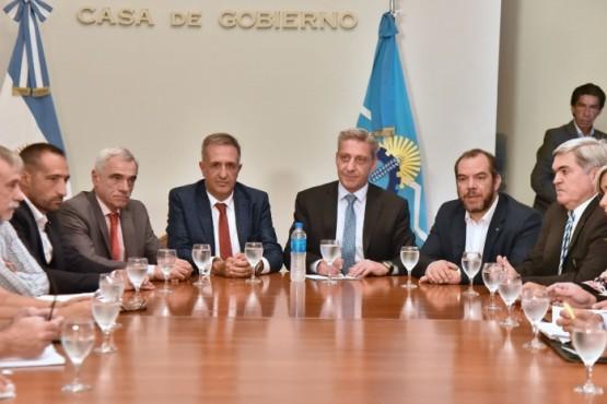 Arcioni se reunió con la cúpula del Poder Judicial de Chubut.