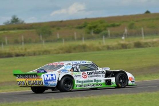 El auto de Nicolás Ghirardi que atropelló a González.