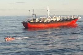 Prefectura continúa con la búsqueda de un tripulante