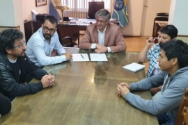 """Paritaria: nueva oferta del Ejecutivo y """"cerca"""" de llegar a un acuerdo"""