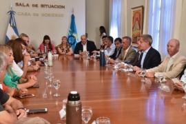 Arcioni se reunió con los diputados de Chubut al Frente