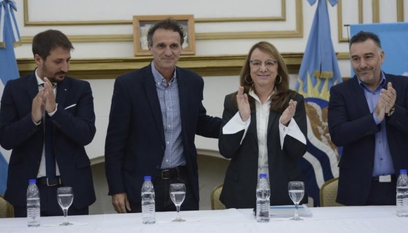 Leandro Zuliani, Gabriel Katopodis, Alicia Kirchner y Leonardo Álvarez.