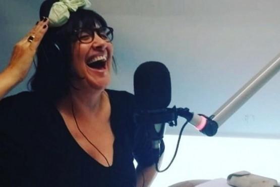 """La conductora de radio, Elizabeth """"la Negra"""" Vernaci."""
