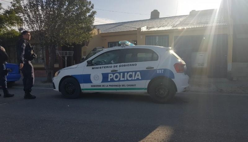 Personal policial en allanamientos.