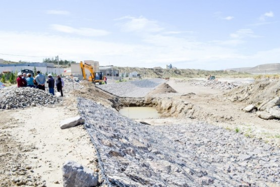 Obra hídrica en La Mata.