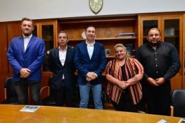 El Intendente Maderna puso en funciones Iris Bejar