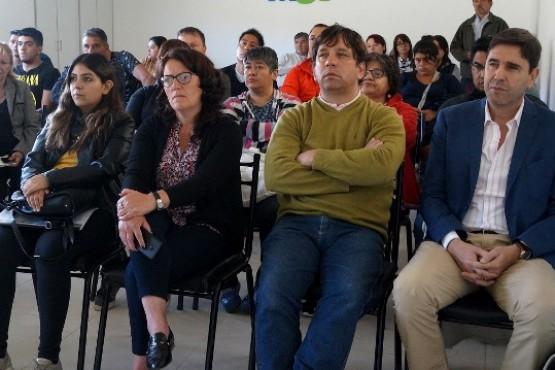 Los presentes en la capacitación municipal.
