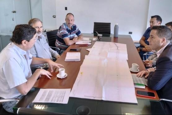 Vialidad Provincial y Municipio avanzan en el proyecto de pavimentación de la Avenida Oris de Roa