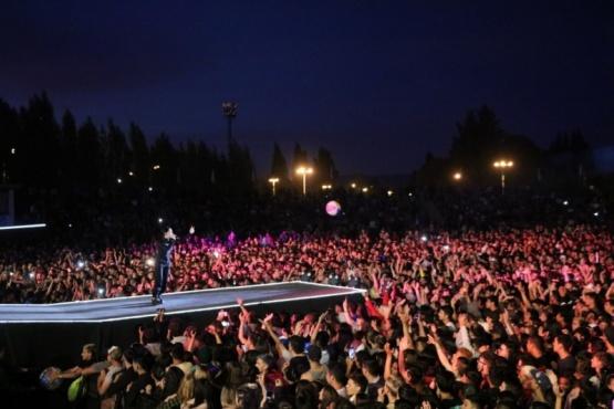 Nicki Nicole, Duki y Wos brillaron en la Fiesta del Lago