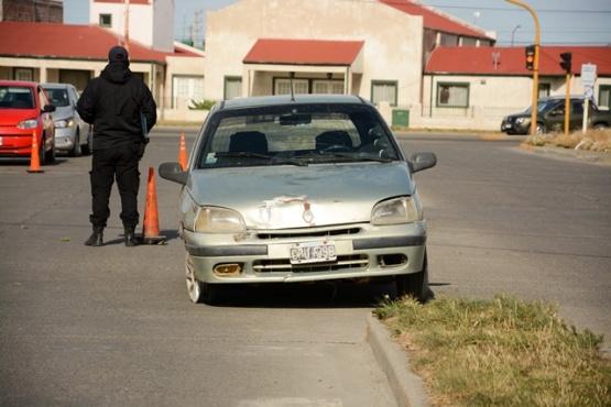 El auto fue secuestrado por el test de alcoholemia positivo y falta de documentación. (Foto: F.C.)