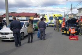 Argentino colisiona en Punta Arenas por no respetar la señal de tránsito
