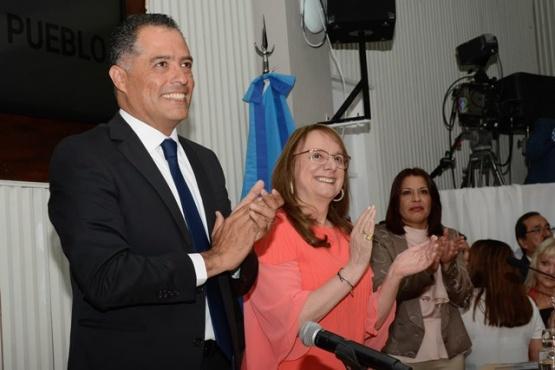 Eugenio Quiroga junto a Alicia Kirchner. (Foto archivo)