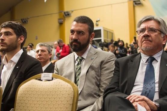 Diego Robles, secretario de Hacienda. (en el medio)