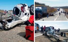 Dos policías muertos en trágico choque