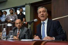 Arcioni defendió la Reforma Judicial