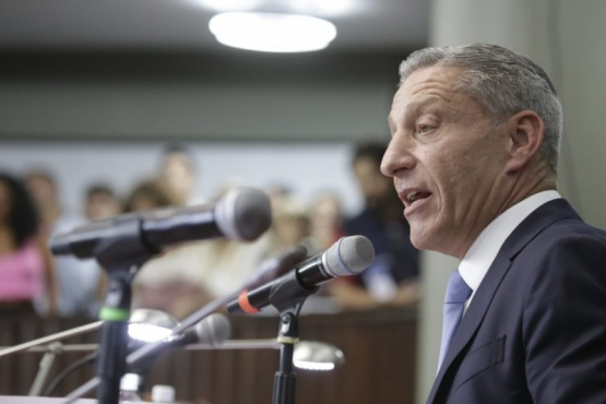 Arcioni  confirmó que en las próximas semanas licitarán 220 viviendas