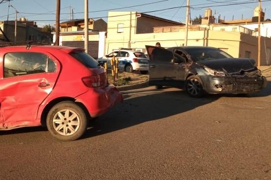 Los vehículos involucrados en la colisión.