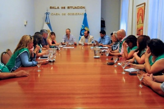 El Gobierno Provincial y ATE llegaron a un acuerdo para el pago de los aumentos adeudados en Salud