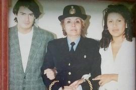 Contra viento y marea: Mujer policía de Santa Cruz
