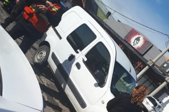 Secuestran auto que era utilizado como taxi trucho