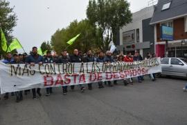 """Sindicatos de la CGT marcharon pidiendo """"más control a operadoras"""""""