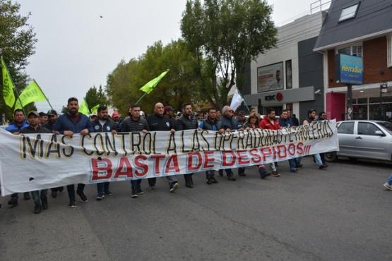 Movilización en las calles céntricas de Río Gallegos.