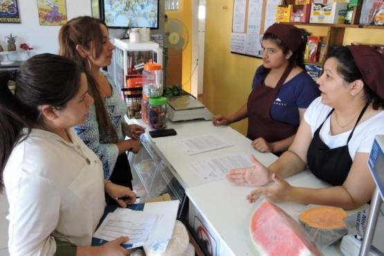 Se firmaron convenios para la inserción laboral de jóvenes