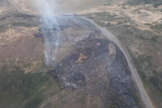 Brigadistas contuvieron un incendio en Cholila