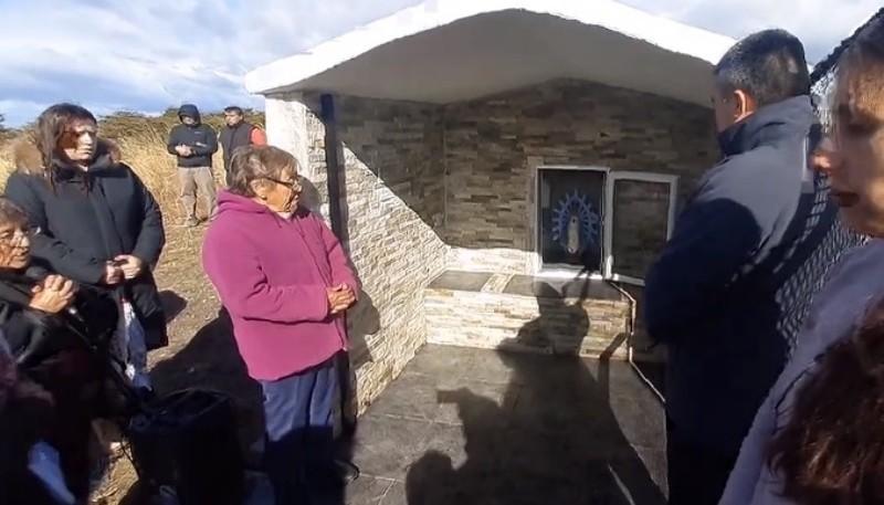 Capilla restaurada por la familia de Garay, donde fue golpeado un albañil.