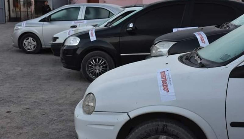 La policía secuestro 12 vehículos durante el fin de semana