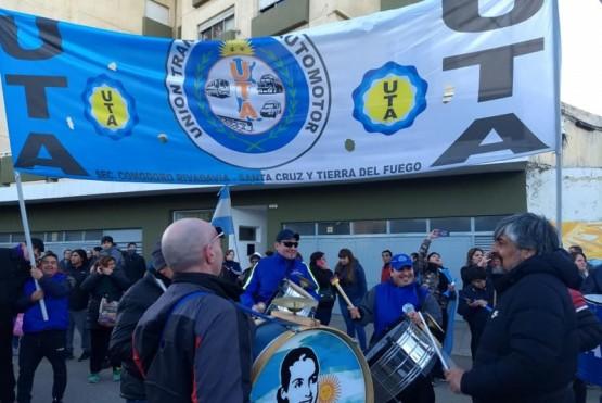 Bandera de la UTA (Foto ilustrativa).