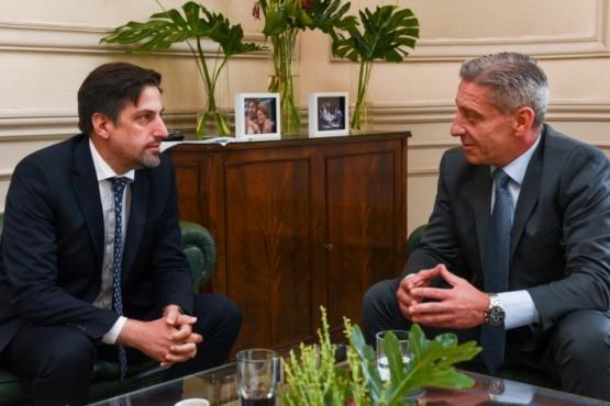 Arcioni se reunió con Nicolás Trotta