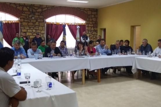 Se reunió el sector pesquero y portuario en Deseado