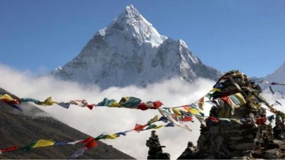 No se puede acceder al Everest por el Coronavirus