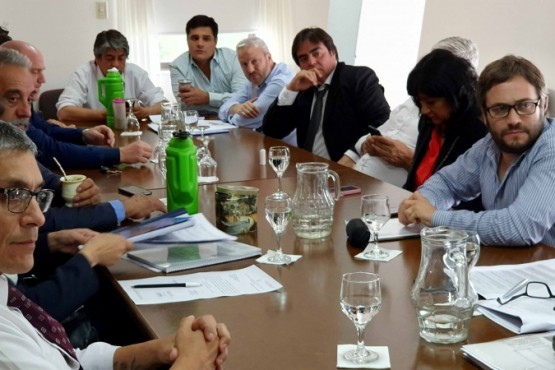 Lo hicieron diputados y diputadas del Frente de Todos, junto al Vicegobernador y autoridades del Instituto de Energía