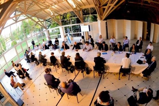 Alberto Fernández encabezó una nueva reunión interministerial de seguimiento del coronavirus