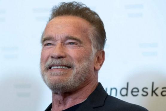 Schwarzenegger mostró en un vídeo como hay que lavarse las manos