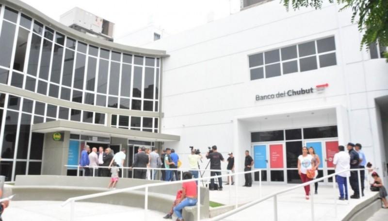 Banco Del Chubut limita atención al público