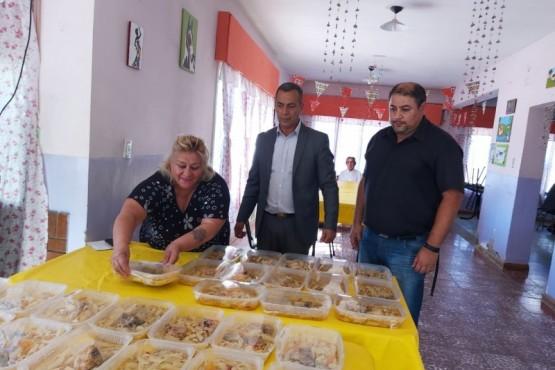 Realizaron distribución de viandas a concurrentes a los Clubes de Abuelos
