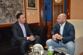 Maderna recibió al Ministro Massoni