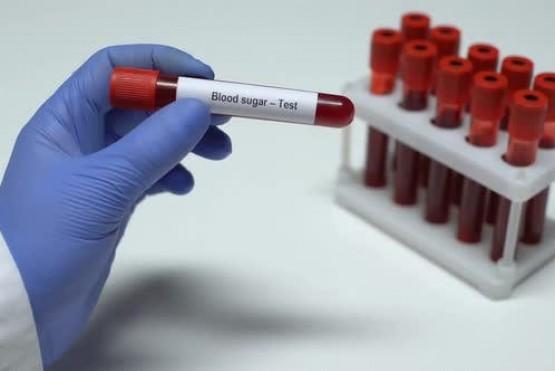 Que grupo sanguíneo es propenso a contraer el Virus