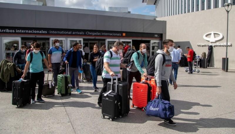 40 jubilados madrynenses retornan a la ciudad después de visitar Brasil