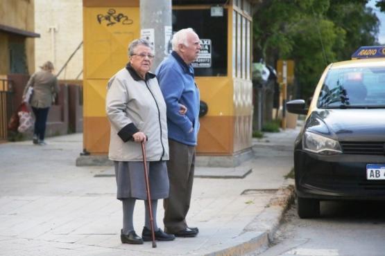 Ayudemos a que los viejos se queden en casa (C.G)