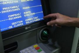 Suben el límite para extraer efectivo de cajeros automáticos