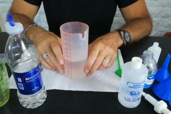 Ambiente elaboró alcohol en gel para distribuir al personal municipal de Rawson