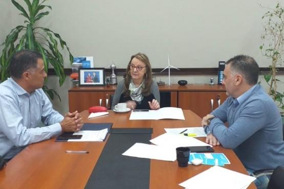 Alicia Kirchner junto a Eugenio Quiroga y Leonardo Alvarez.